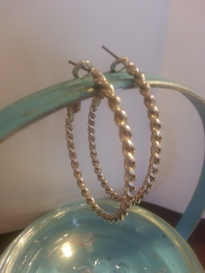 "Unknown Simple ""Twisted"" Silver Hoops"