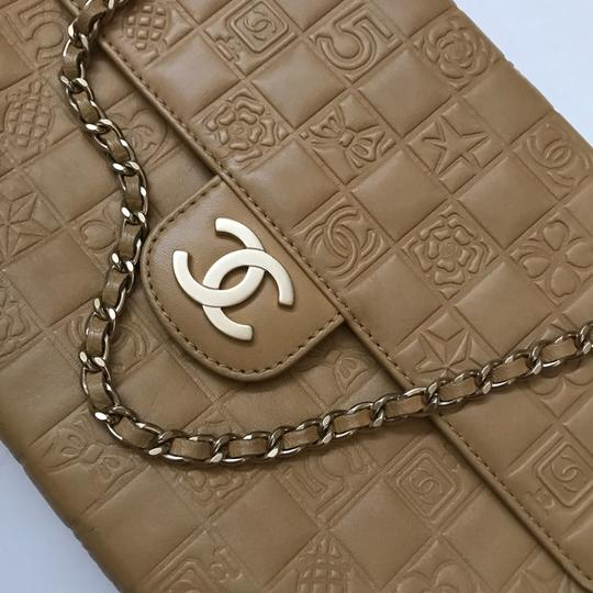Chanel Classic Double Flap Charms Caramel Shoulder Bag Image 7
