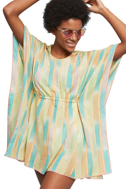 Preload https://img-static.tradesy.com/item/21850827/anthropologie-multicolor-lilka-pastel-yarn-dyed-poncho-tunic-size-2-xs-0-1-650-650.jpg