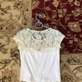 Abercrombie & Fitch White S Lace Cotton Crop Tee Shirt Size 4 (S) Abercrombie & Fitch White S Lace Cotton Crop Tee Shirt Size 4 (S) Image 2