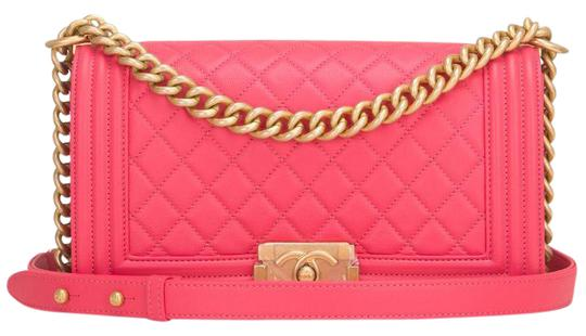 Preload https://item1.tradesy.com/images/chanel-boy-bright-quilted-caviar-medium-pink-leather-shoulder-bag-21851755-0-2.jpg?width=440&height=440