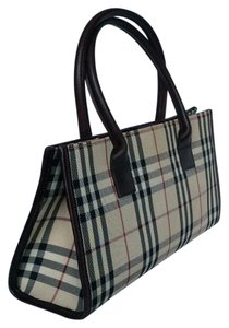 27d4bd9458dd Burberry Totes - Up to 70% off at Tradesy