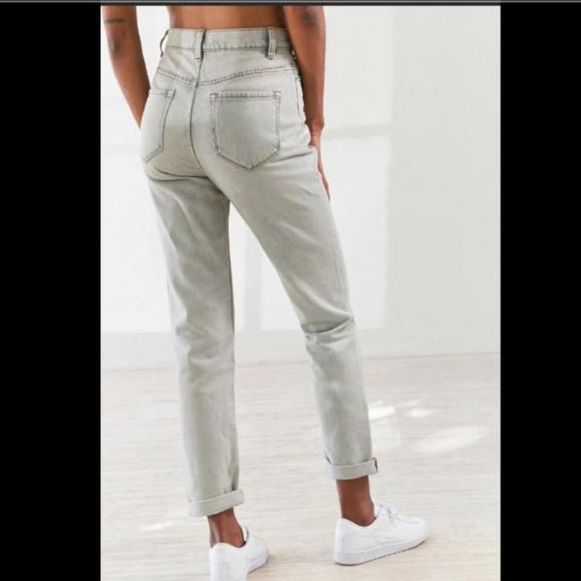 Urban Outfitters Relaxed Fit Jeans-Light Wash Image 3