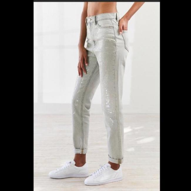 Urban Outfitters Relaxed Fit Jeans-Light Wash Image 4