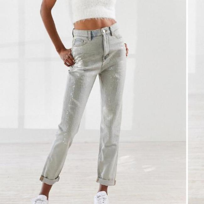 Urban Outfitters Relaxed Fit Jeans-Light Wash Image 5