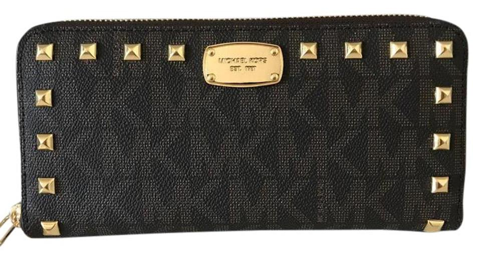 41d4e10fc6d5 Michael Kors Brown Jet Set Item Logo Studded Zip Around Continental Wallet