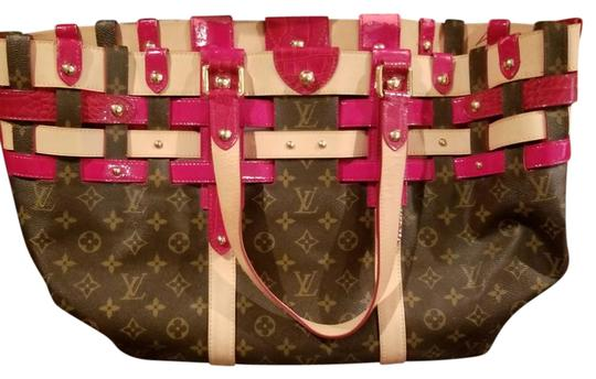 Preload https://img-static.tradesy.com/item/21854189/louis-vuitton-limited-edition-salina-rubis-gm-serial-rc4037-red-crocodile-and-monogram-tote-0-4-540-540.jpg