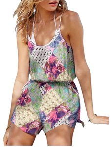 Women s Victoria s Secret Cover-Ups   Sarongs - Up to 90% off at Tradesy 4a9bdeb40