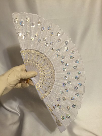 Other Embroidered Sequin Fan; White [ Roxanne Anjou Closet ]