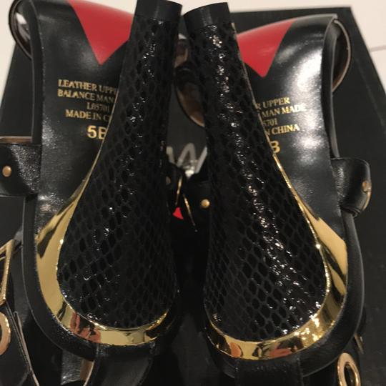 Luichiny Gold Accents Heels New Black Snakeprint Pumps Image 5