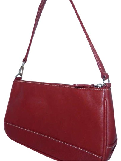 Preload https://img-static.tradesy.com/item/21854991/coach-h2-red-leather-shoulder-bag-0-1-540-540.jpg