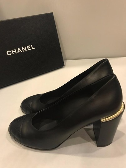 Chanel Cap Toe Leather Pearl Heel Black Pumps Image 5