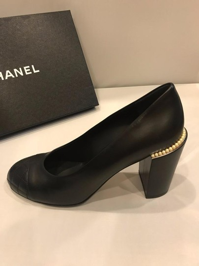 Chanel Cap Toe Leather Pearl Heel Black Pumps Image 6