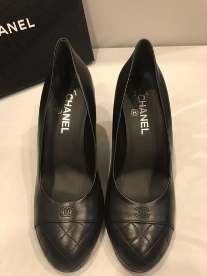 Chanel Cap Toe Leather Pearl Heel Black Pumps Image 8