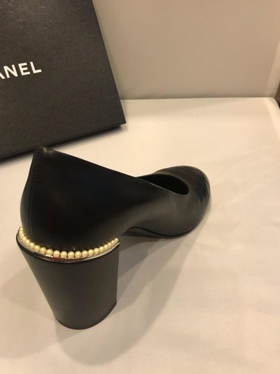 Chanel Cap Toe Leather Pearl Heel Black Pumps Image 9