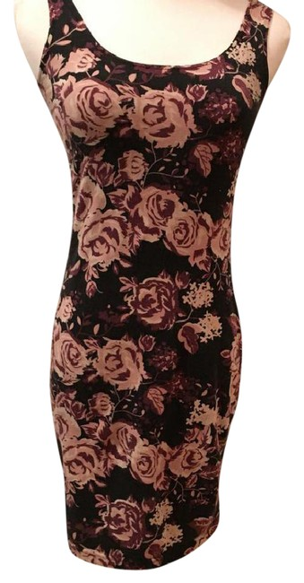 Preload https://img-static.tradesy.com/item/21855798/divided-by-h-and-m-floral-bodycon-above-knee-short-casual-dress-size-6-s-0-8-650-650.jpg