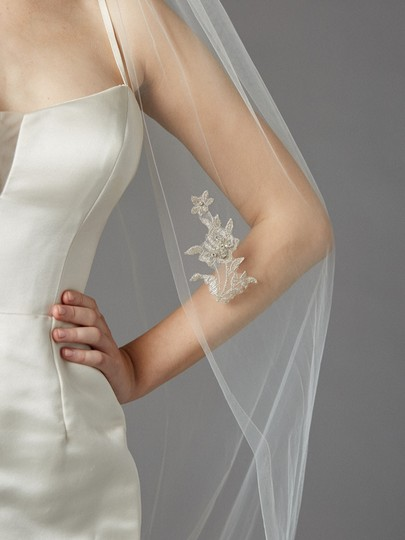 Ivory Long Stunning Cathedral with Embroidered Lace Appliques Bridal Veil Image 1
