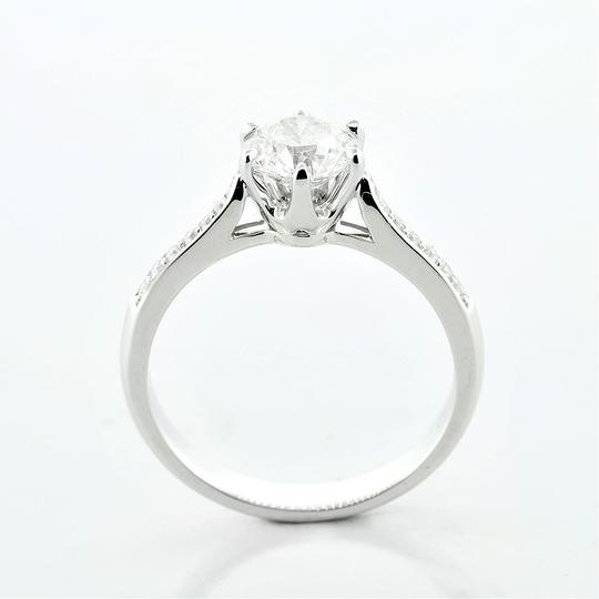 White 1.17 Cts Round Cut Six-prong Set In 18kw Engagement Ring Image 1