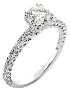 F 1.52 Cts Round Cut Set In 18k White Gold Engagement Ring