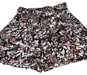 The Fifth Label Dress Shorts black/ mauve/cream floral