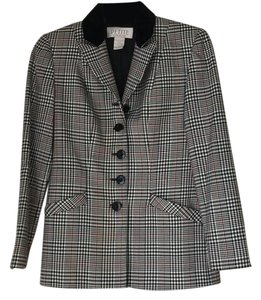 Petite Sophisticate black and red Blazer
