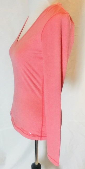 Item - Pink Heat Gear Activewear Top Size 8 (M, 29, 30)