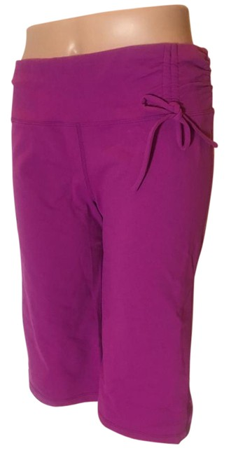 Item - Purple Cropped Ruched Waist Bow Activewear Bottoms Size 8 (M, 29, 30)