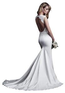 Paloma Blanca White Satin 4616 with Plunging Neckline and Keyhole Back Feminine Wedding Dress Size 6 (S)