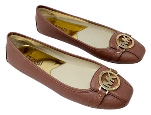 Michael Kors Neutral Gold Hardware Logo Comfortable Leather Dusty Rose/Pink Flats