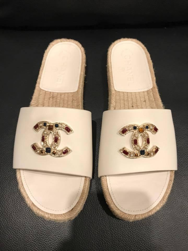 Chanel 17p Leather Cc Jewel Logo Espadrille Mule Slide
