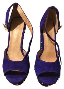 ALDO Suede Suede Purple and Gold Wedges