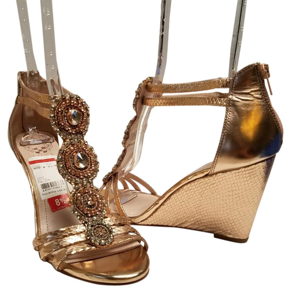 012db41a32a Vince Camuto Rose Gold Zimily Wedges Size US 8.5 Regular (M