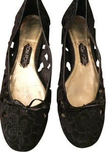306fd2d1de6 Tom Ford Designer Cool Hip Lace Black Flats. Tom Ford Black Lace Ballet ...