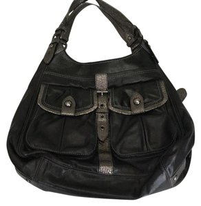 Coach Satchel in black leather with metallic gray trim