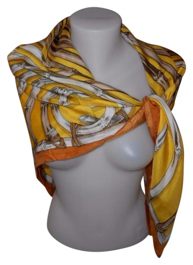 Preload https://img-static.tradesy.com/item/21868119/gucci-yellow-colorway-bamboo-silk-large-42-inches-square-scarfwrap-0-1-540-540.jpg