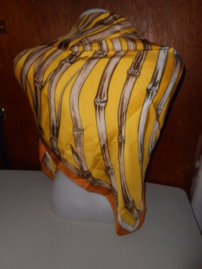 Gucci Gucci Bamboo Silk Scarf Yellow Colorway Large 42 Inches Square Image 4