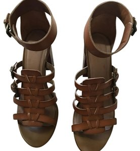 Mossimo Supply Co. camel brown Sandals