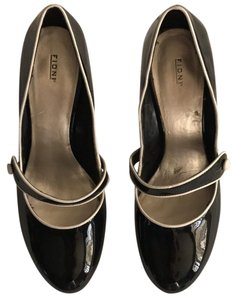 Fioni Black and off white Pumps