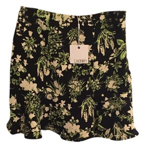 Ladakh Skirt Black/Green Floral