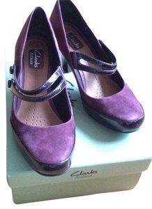 Clarks Purple Pumps