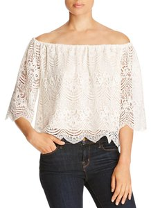 cupcakes and cashmere Off-the-shoulder Lace Scalloped Trim Ivory Top Dirty white