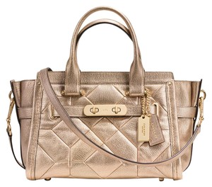Coach Swagger Elegant Metallic Leather Shimmer 34547 Satchel in Gold