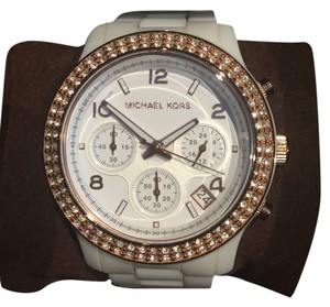 Michael Kors Michael Kors MK5269 Ladies Watch White Ceramic Link Bracelet Quartz Chronograph Watch