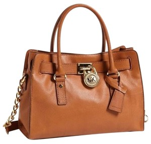 Michael Kors Mk Hamilton Mk Hamilton Medium Hamilton Mk Satchel in LUGGAGE BROWN/GOLD Hardware