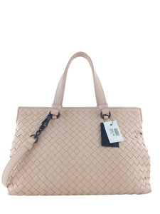 Bottega Veneta Satchel in Light Pink
