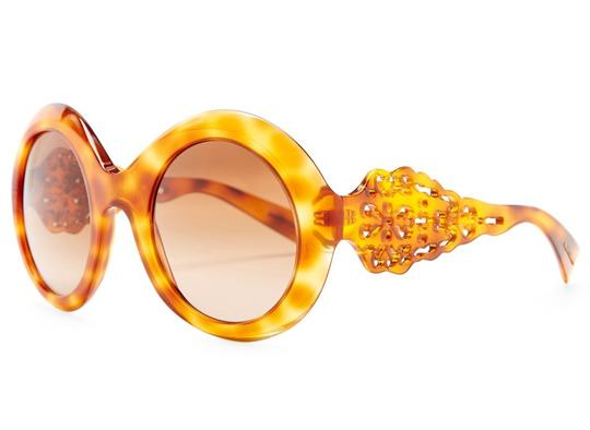 Preload https://img-static.tradesy.com/item/21880868/dolce-and-gabbana-amber-oversized-round-sunglasses-0-0-540-540.jpg