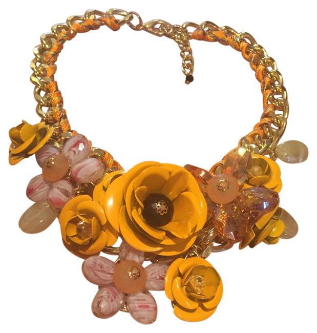 Item - Yellow Statement Necklace