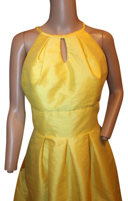 Alfred Sung Daisy Yellow Bright Fit and Flare Euc Short Cocktail Dress Size 4 (S) Alfred Sung Daisy Yellow Bright Fit and Flare Euc Short Cocktail Dress Size 4 (S) Image 1