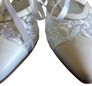 Peter Fox Vintage Victorian Bridal Lace Classic white Formal