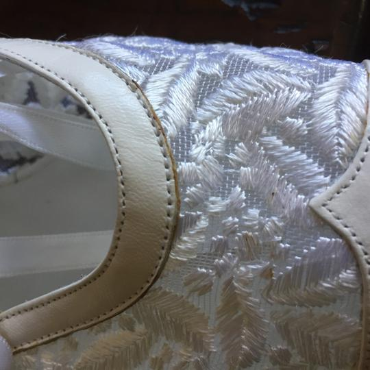 Peter Fox Vintage Victorian Bridal Lace Classic white Formal Image 4